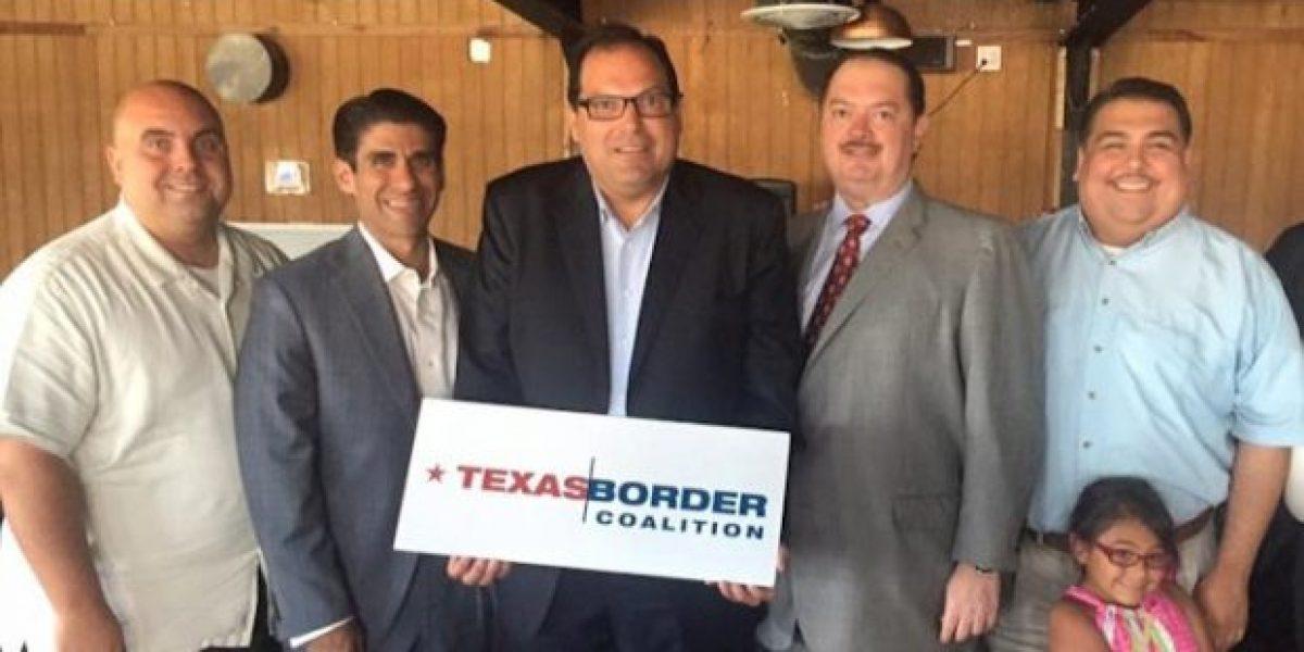 Alcaldes, jueces y funcionarios de Texas rechazan muro