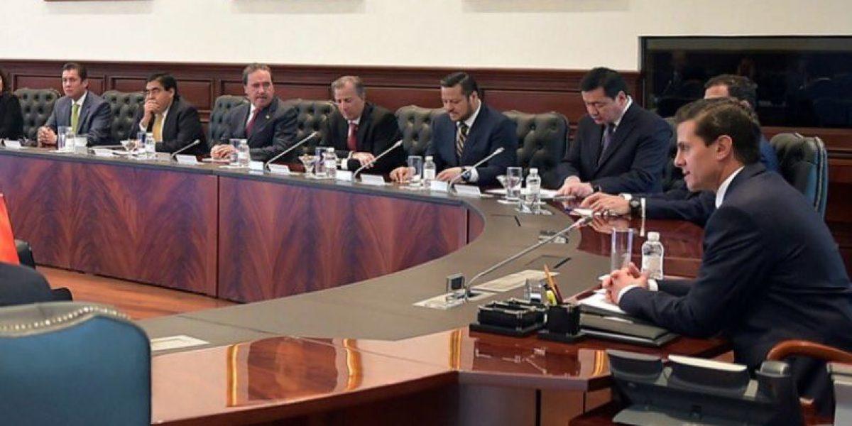 Peña Nieto y legisladores acuerdan destinar mil mdp para defensa de migrantes