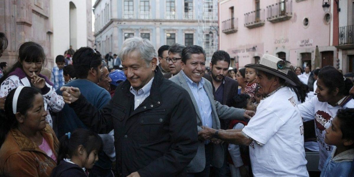 AMLO firma en Morelia acuerdo de Unidad por la Prosperidad