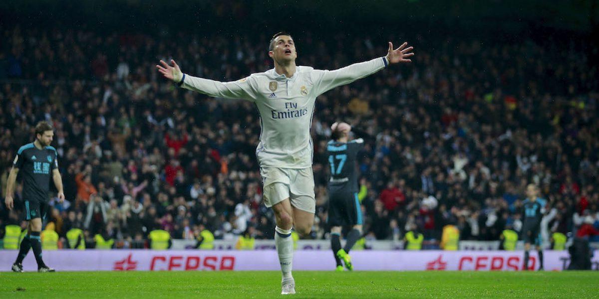Real Madrid golea a la Real Sociedad de Carlos Vela