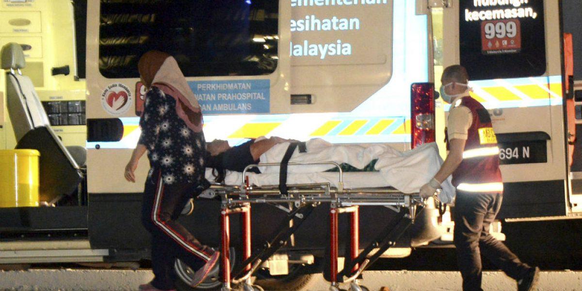 Se hunde barco de turistas en Malasia; hay seis desaparecidos