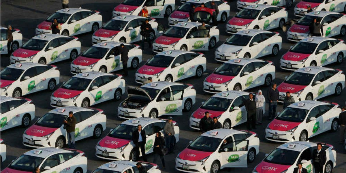 En operación 100 nuevos taxis híbridos en la CDMX
