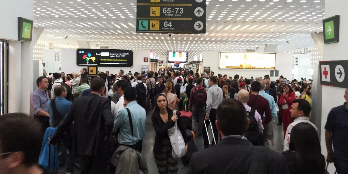 Desde febrero Aeroméxico te cobrará por la primera maleta documentada