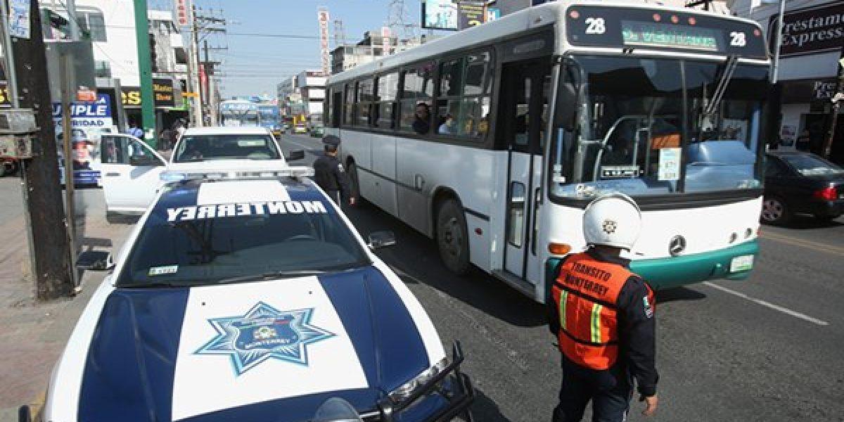 Siguen los amparos en Monterrey contra el Reglamento de Tránsito