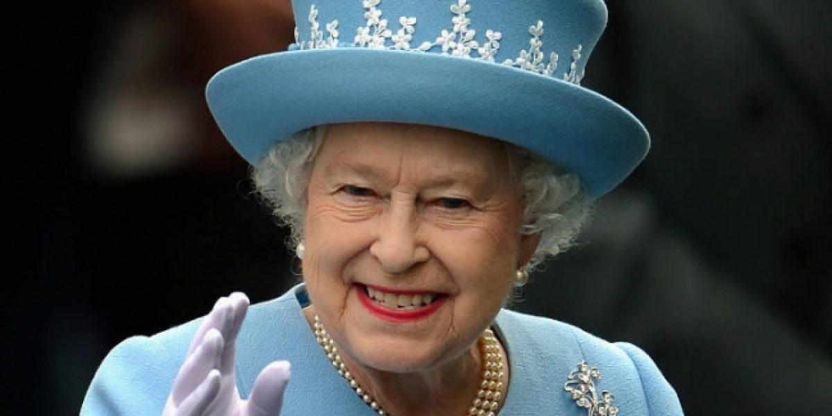 Visita de Trump pondrá en aprietos a la reina Isabel II