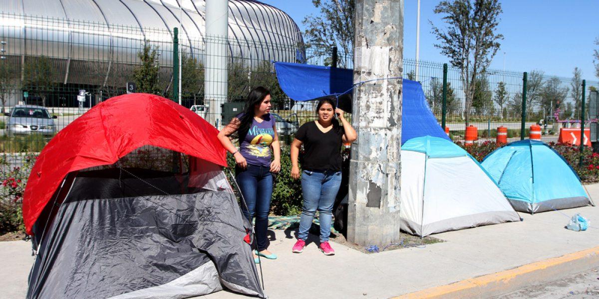 Fans de Justin Bieber ya acampan en espera del concierto