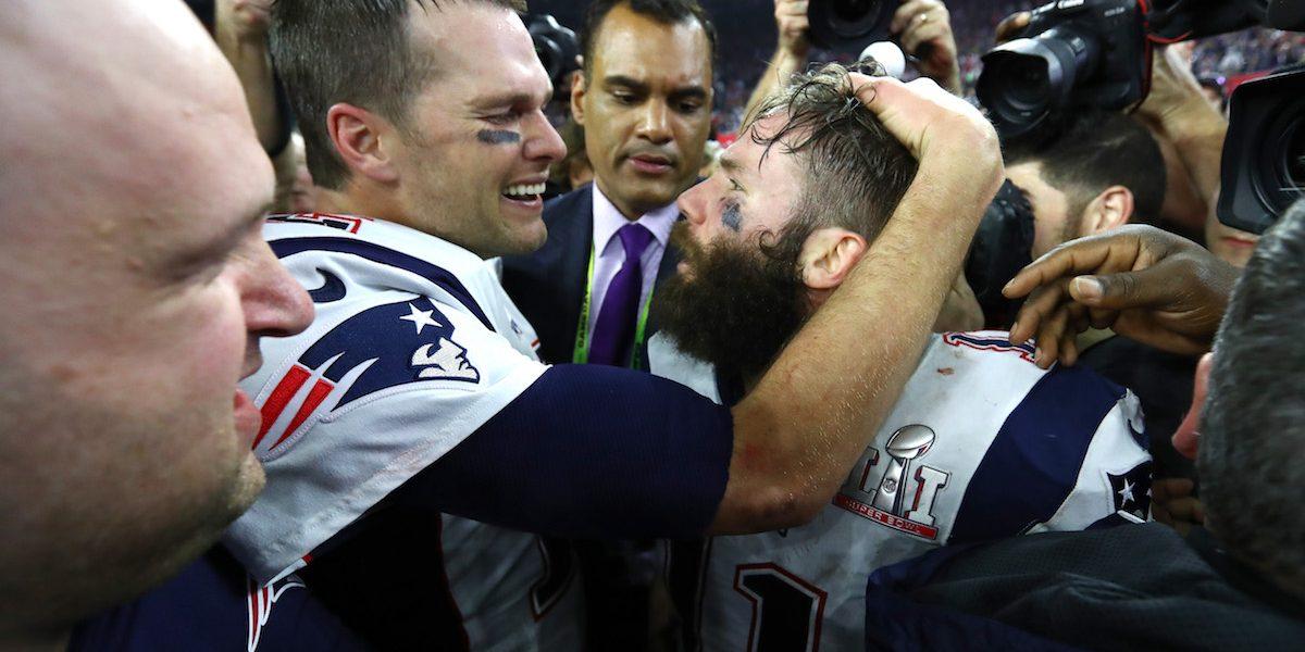 Jugador de Patriotas le dijo a Brady que la remontada iba por su madre