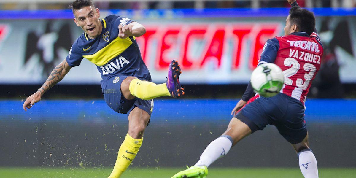 Jugador de Boca Juniors se puso como loco en hotel de concentración