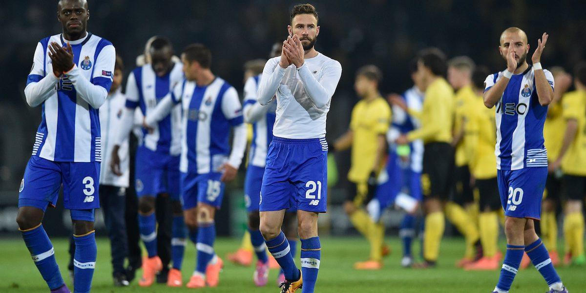 Layún reaparece con el Porto en la victoria sobre Tondela