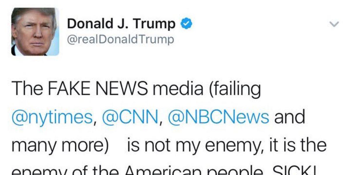 Donald Trump despotrica contra medios y luego borra el tuit