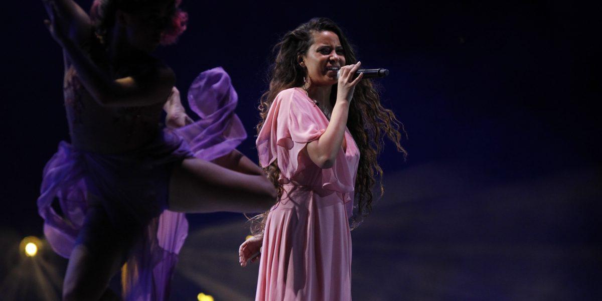 Así abrió Viña 2017 con un homenaje a Violeta Parra