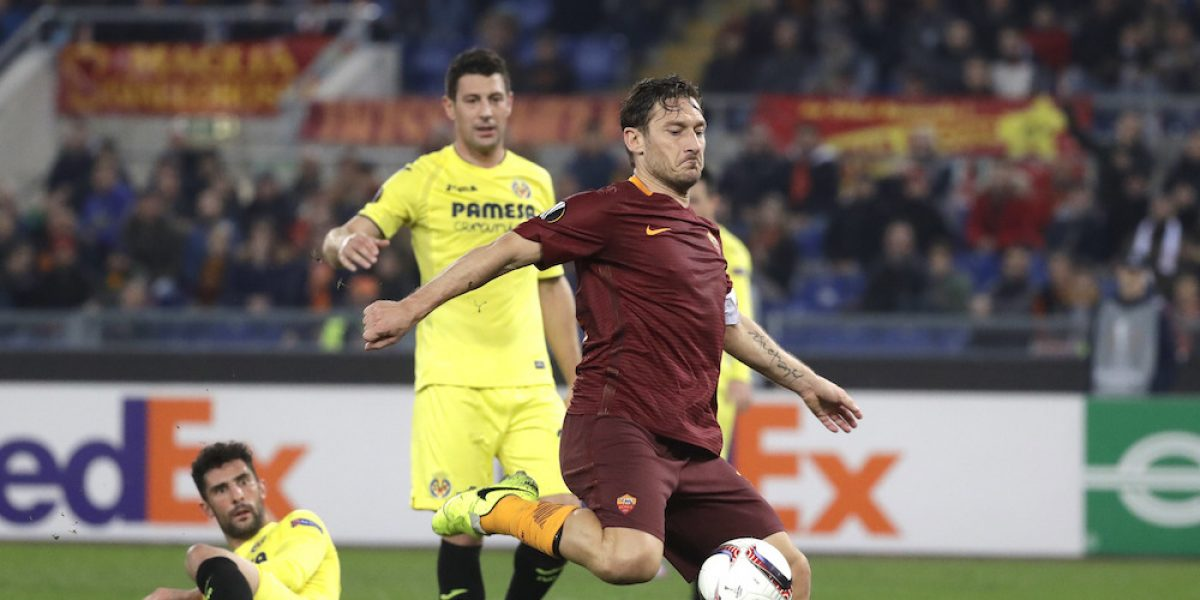 Jona dos Santos y el Villarreal se despiden de la Europa League