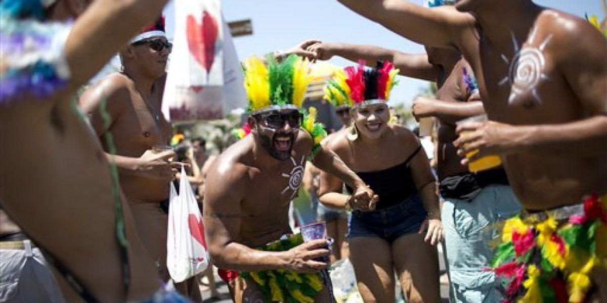 Arranca el carnaval de Río de Janeiro con visitantes de todo el mundo