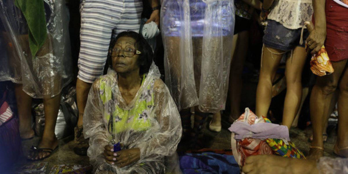 Carroza pierde control y deja heridos en Sambódromo de Río de Janeiro