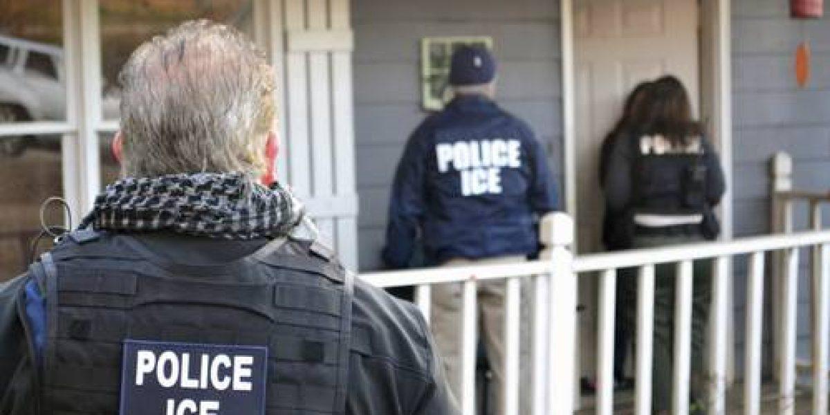 Trump considera proyecto de ley para legalizar a migrantes