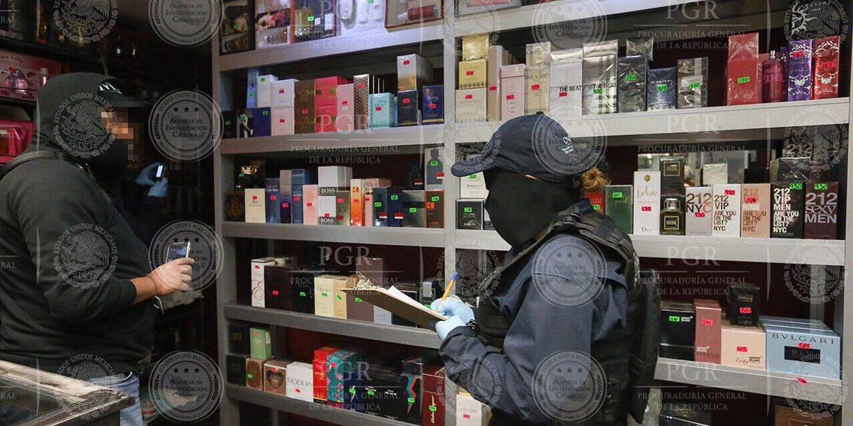 Autoridades capitalinas aseguran 25 toneladas de perfume de contrabando