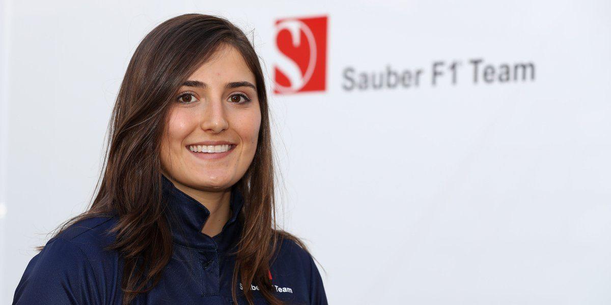 Escudería Sauber ficha a piloto colombiana