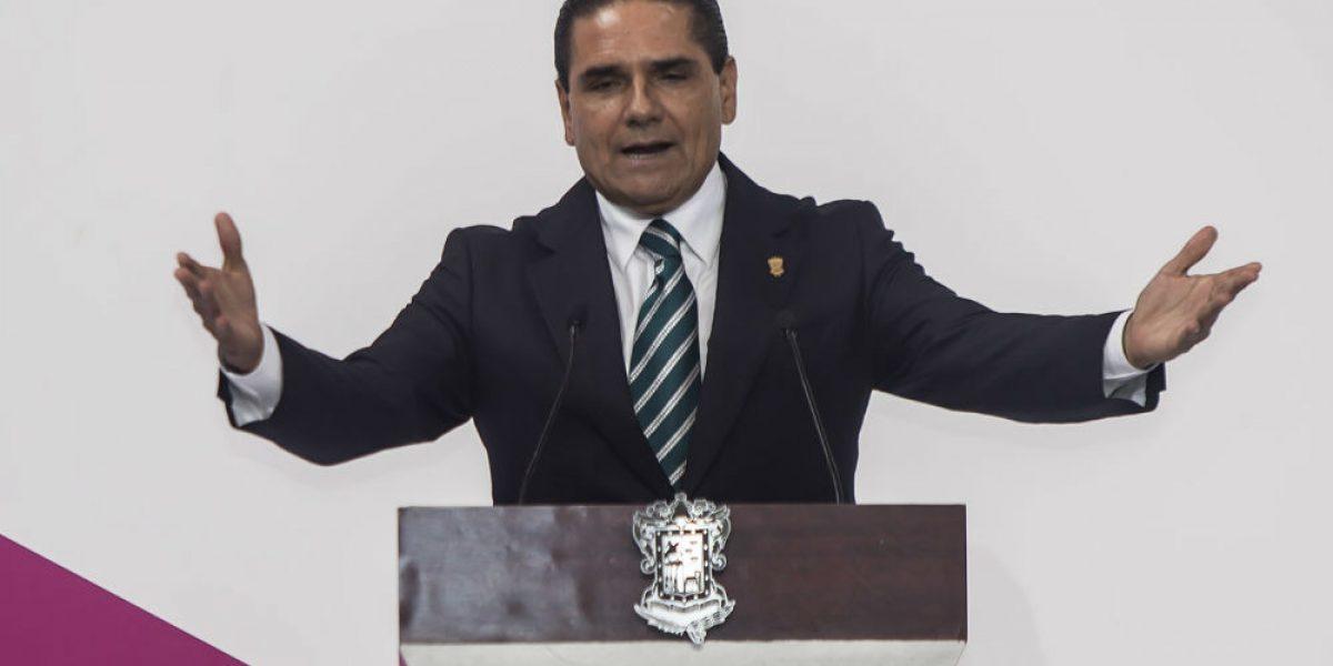 Silvano Aureoles se destapa por candidatura del PRD para la Presidencia en 2018