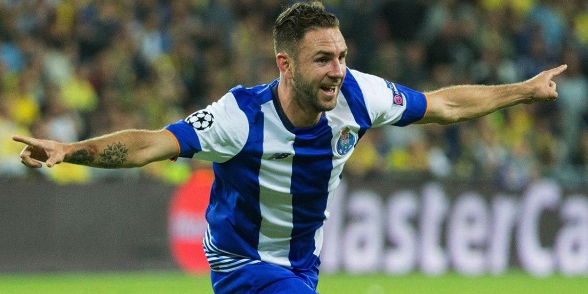 VIDEO: Miguel Layún marca golazo en la goleada del Porto
