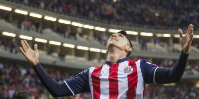 Chivas derrota a Toluca y es líder de la Liga MX