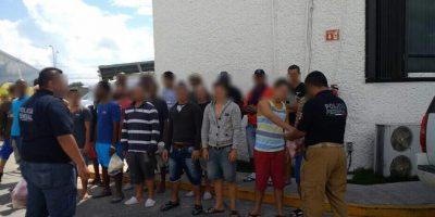 Autoridades rescatan a 31 cubanos en Quintana Roo