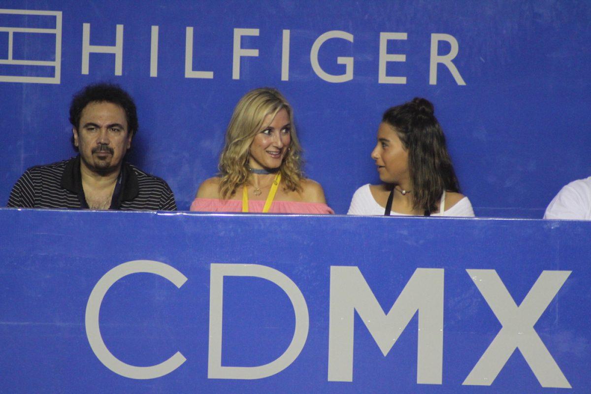 . Imagen Por: Hugo Sánchez Márquez, ex futbolista y comentarista deportivo, acompañado de su esposa Isabel Martín y su hija   Foto: Nicolás Corte