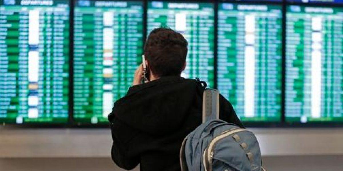 Cancelan miles de vuelos en EU por tormenta invernal