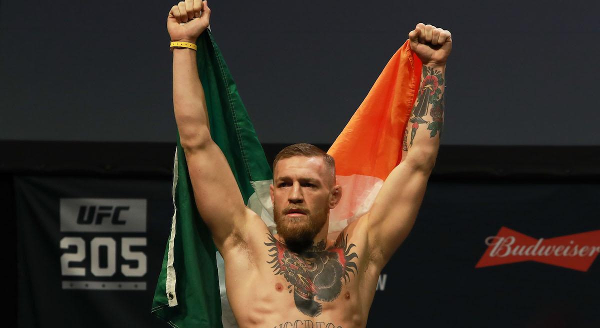 Conor McGregor ataca a la prensa y advierte a Mayweather