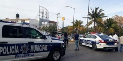 VIDEO: Jornada violenta contra Policía de Cancún deja 3 heridos y un muerto