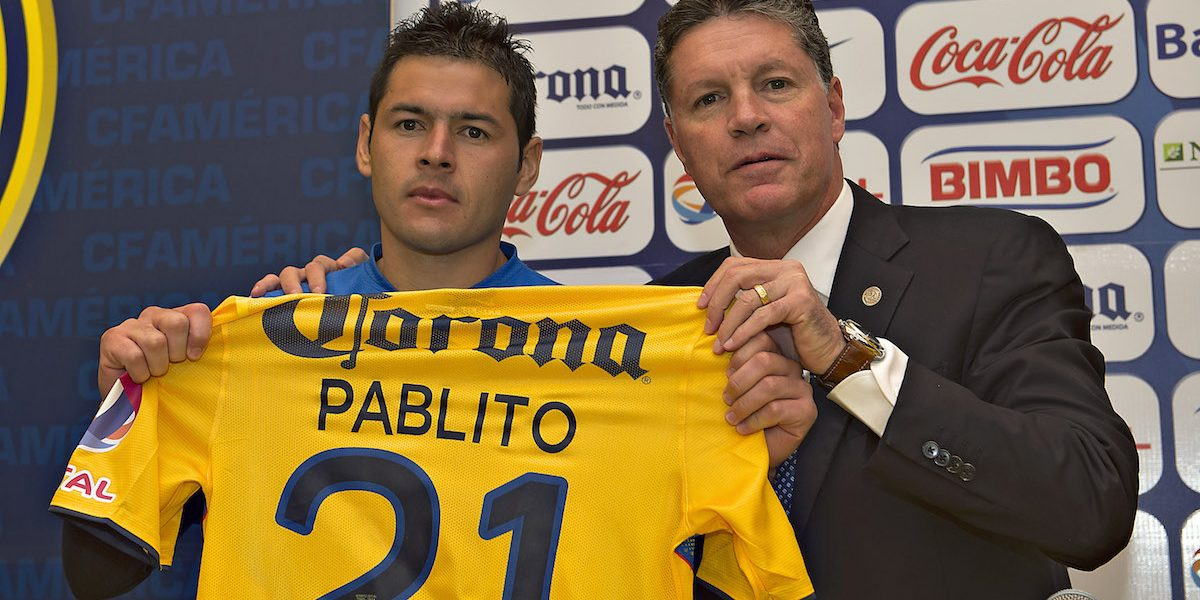 Ricardo Peláez advierte que América defenderá con todo a Pablo Aguilar