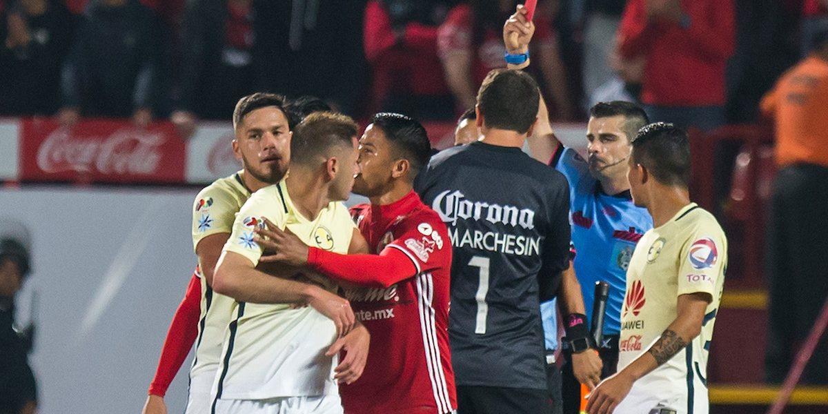 ¿Qué pasará con Fernando Hernández?, el árbitro agredido por Pablo Aguilar