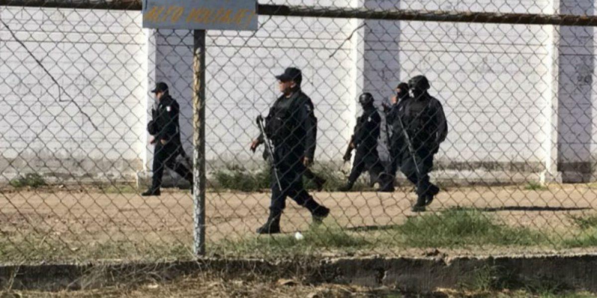 Cesan a 11 funcionarios por fuga en penal de Culiacán