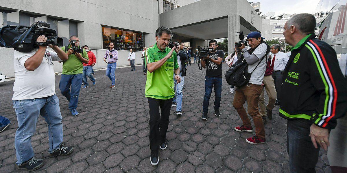 Osorio revela que estaban pactadas las ausencias de Tecatito y Fabián