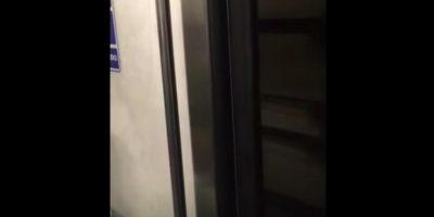 Metro de la CDMX circula con las puertas abiertas