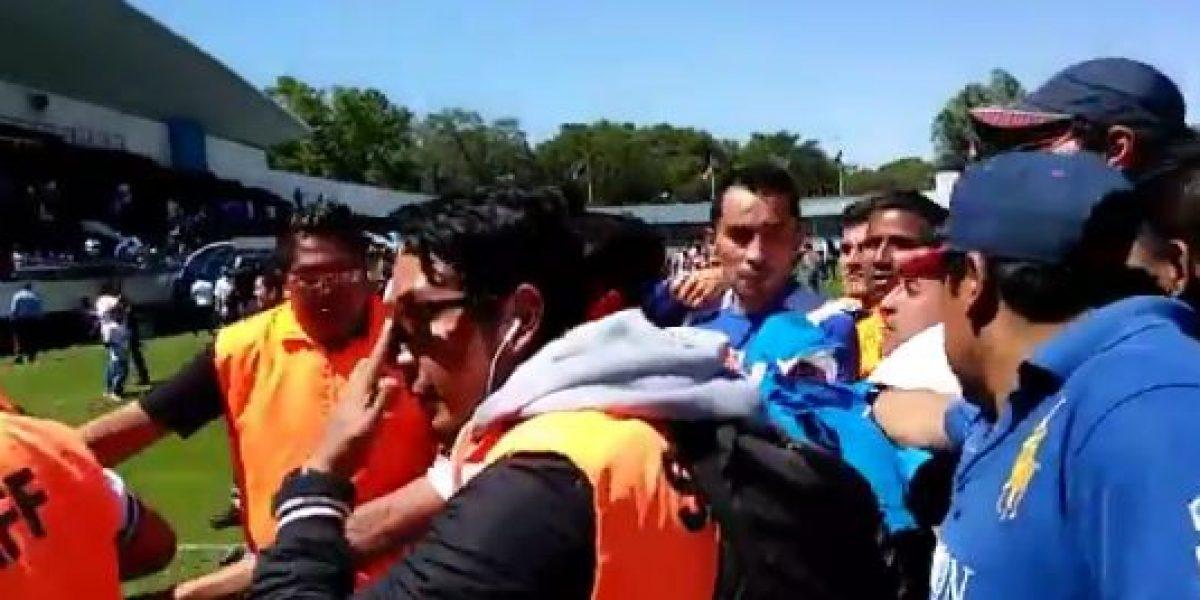 VIDEO: Práctica de Cruz Azul se sale de control e interfiere la policía