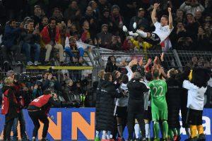 Lukas Podolski tiene despedida soñada de la Selección de Alemania