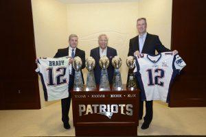 FBI entrega jerseys de Brady a los Patriotas