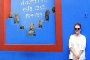 Actriz Julianne Moore pasea por la Ciudad de México