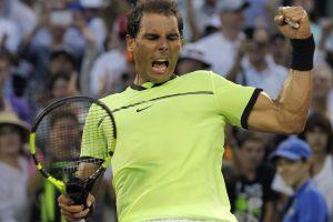 Rafael Nadal sufre pero avanza a los octavos del Abierto de Miami