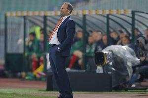 Holanda destituye al técnico Danny Blind