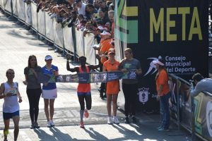 Conquistan atletas kenianos el Medio Maratón Zapopan 2017
