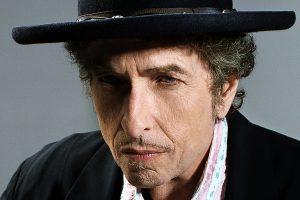 Bob Dylan podría perder el Nobel de Literatura porque la Academia no tiene noticias del cantautor