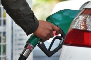 Precios de gasolinas suben un centavo este miércoles
