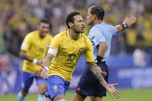 Brasil se afianza como líder en las eliminatorias con triunfo sobre Paraguay
