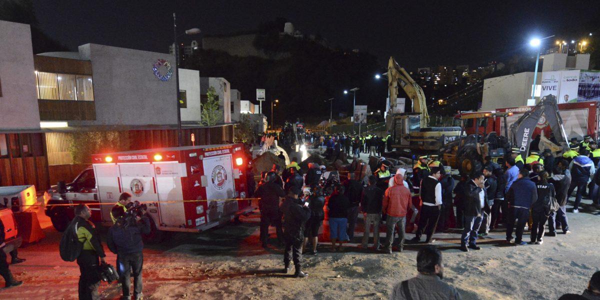 Suman cuatro muertos por derrumbe en obra de Huixquilucan