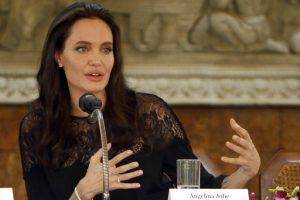 Angelina Jolie se sometió a pruebas de drogas en 'Tomb Raider'