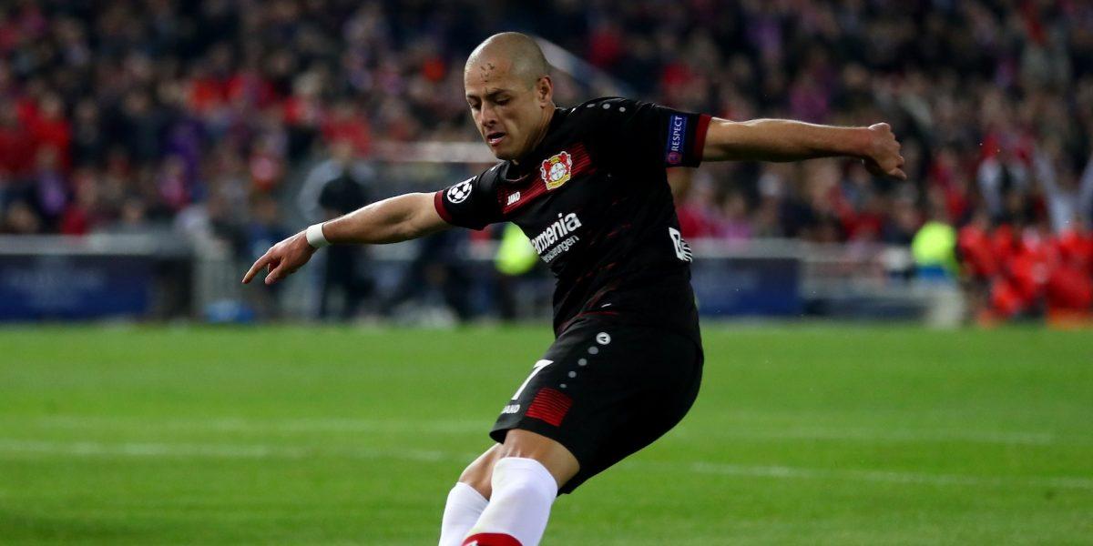 DT del Leverkusen, contento con la actuación de 'Chicharito'