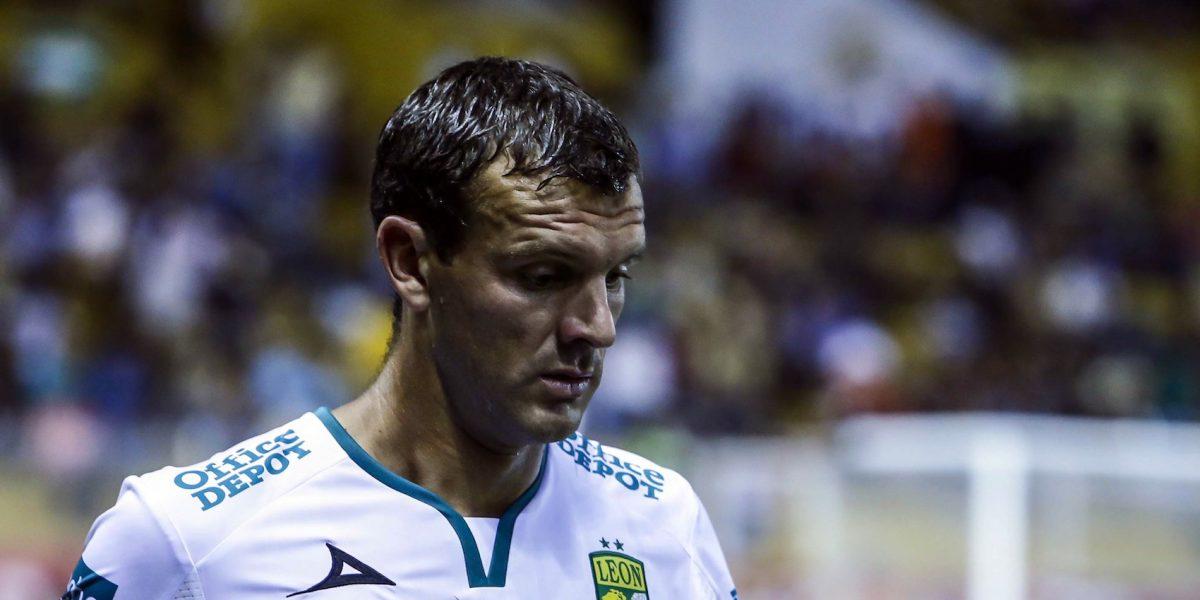 Diego Novaretti se disculpa con la afición de León