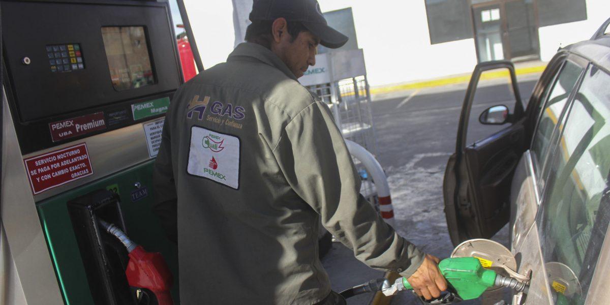 Precios de gasolina se mantienen este fin de semana