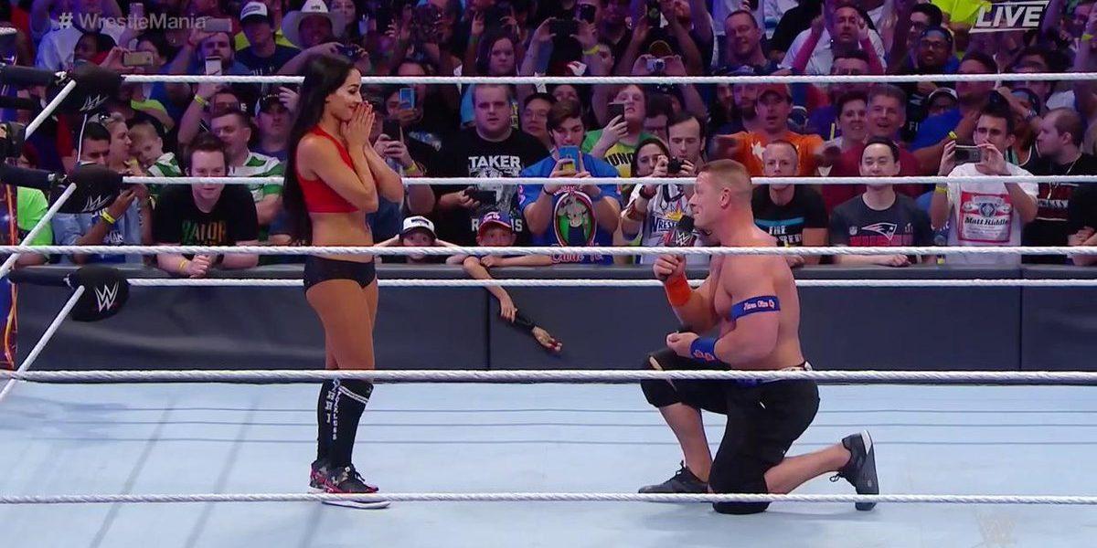 John Cena pidiendo matrimonio
